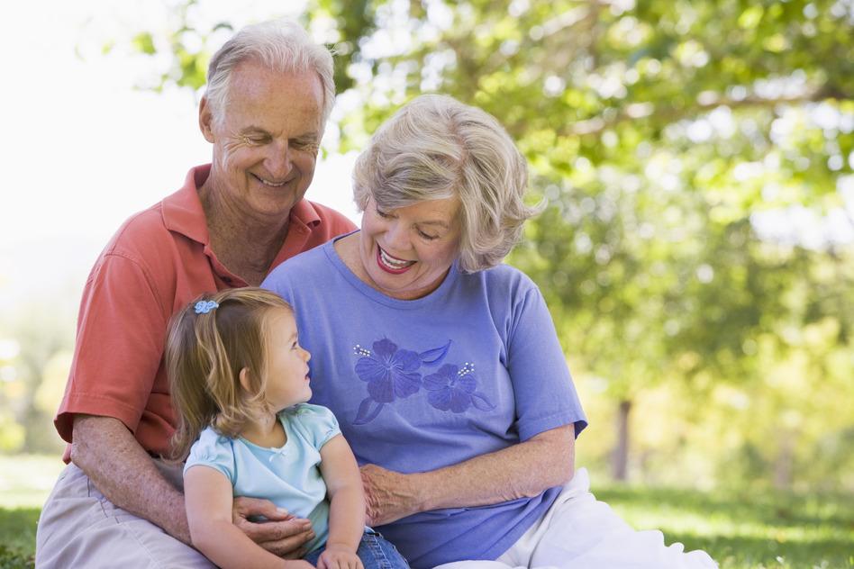 внучка ебеться с дедушкой и бабушкой