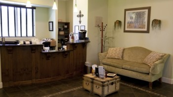 Christian Financial Advisors Front Reception and Waiting Area